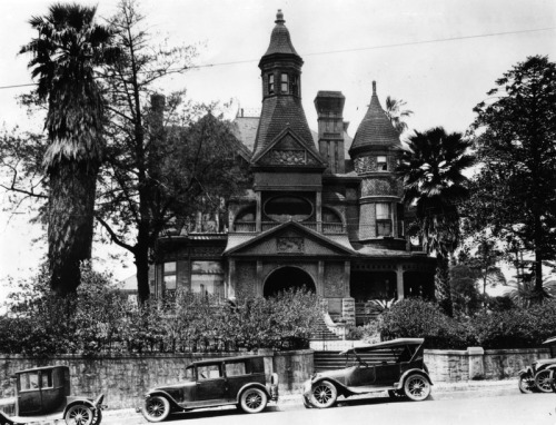 "The Bradbury Mansion in Los Angeles, CA - Occupied for years by various film companies and onetime home to Hal Roach's Rollin Film Company.  It was so drafty that Harold Lloyd dubbed it ""Pneumonia Hall"".  c. 1927"