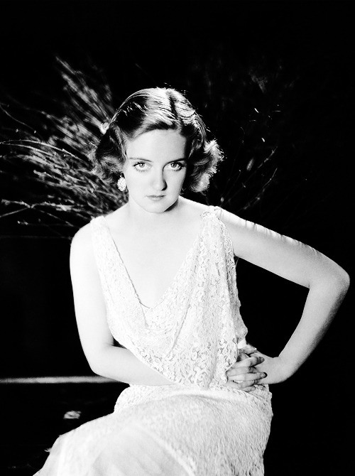 """I asked Bette Davis if she'd ever wanted to meet the Queen of England. 'What for?' she snapped, 'I am a queen.'"" - Natalie Wood"