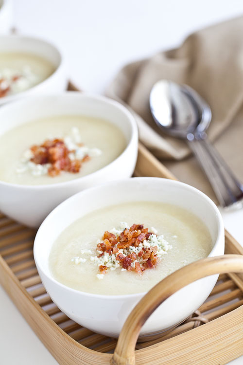 fantasticedibles:  Creamy Cauliflower Soup with Bacon and Gorgonzola  Recipe
