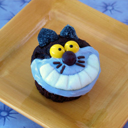 bakeddd:  chesire cat cupcakes click here for instructions