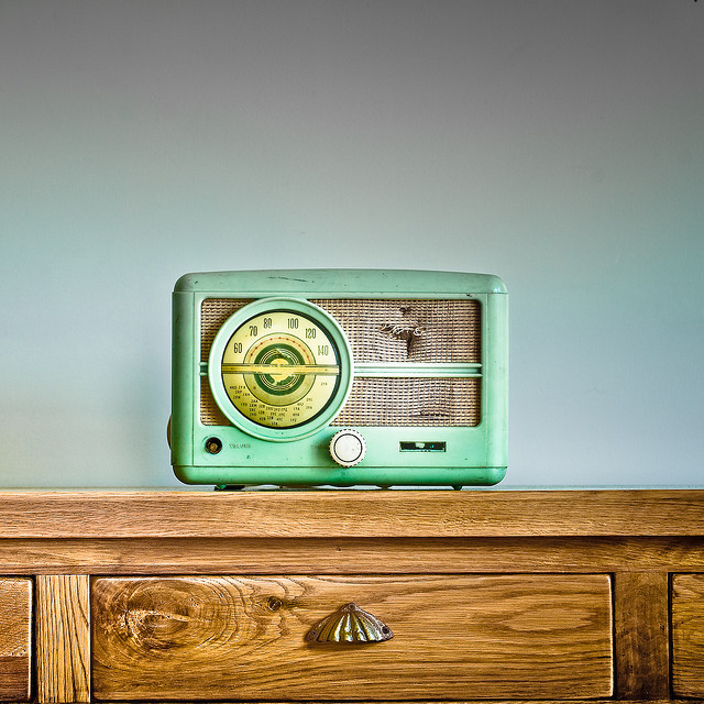 swaggedoutpanda:  Retro / Music / Wood by ►CubaGallery on Flickr.