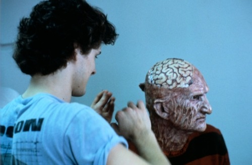 lacinemateca:  Nightmare on Elm St. 2 (1985) A makeup artist applies special effects to Robert Englund.  brutality plus
