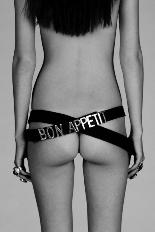 Bon Appetit Belt I'm really digging this Bon Appetit belt from Alexandra Spencer's cheeky collaboration with Australian label Friend of Mine. Yum!
