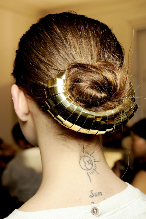 fashionscenenl:  Dramatic golden haircuff - www.fashionscene.nl