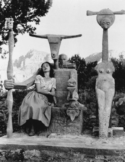 sisterwolf:  Max Ernst and Dorothea Tanning with cement Capricorne sculpture, Sedona, Arizona, 1948.