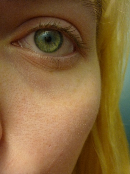 also, observe my suddenly green eye(s?). my life is a lie.