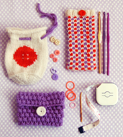 holly-go-brightly:  3 little pouches tutorial, cute! http://www.purlbee.com/three-little-pouches/