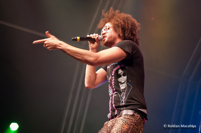 30 Sep. 2011 - LMFAO at the dXb Beach Festival 2011! more photos here.  Please add us up at new facebook fan page Roldan Macahiya Music Photos! Thanks!