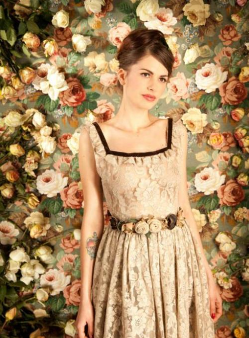 riversun:    Lena Hoschek lace flower belt Fall 2011.