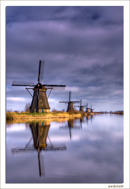 Windmills at Kinderdijk, the Netherlands (via Windmills at Kinderdijk by ~avdstelt)