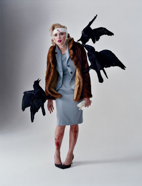 lostinscarlett:  Scarlett as Tippi Hedren in 'The Birds', photographed by Tim Walker.