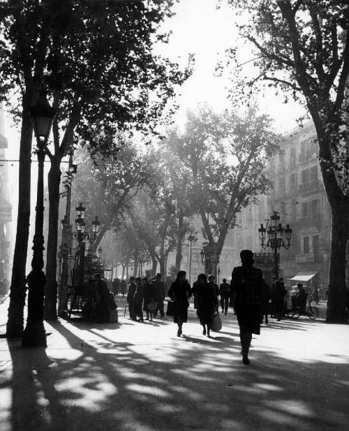 "Erika Groth-Schmachtenberger, Avenue of the ""Rambla"" (Barcelona), 1941"