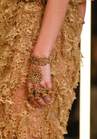 Alexander McQueen Spring RTW 2012 Paris Fashion Week  Even these fingerless gloves(?) are gorgeous.