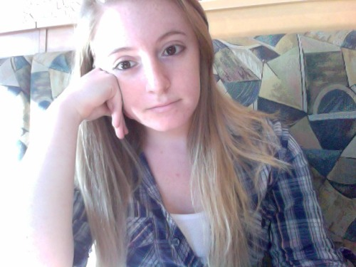 GPOY: I am amused but mostly unamused. Panera was my office for the day and I just spent 20 minutes listening to a woman confirm what exactly her son wanted for dinner over the phone. Literally, 20 minutes to establish that Chevon wanted the Thai Chopped Chicken Salad from the Signature Salads menu and a cup  of french onion soup. Good lord, woman. He wants the salad and a cup of soup. A cup! Not a bowl! He said a cup!