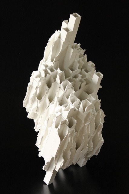 Takeuchi Kouzo: Modern Remains #2, 2010, Glazed porcelain / Keiko Gallery - Japanese artists