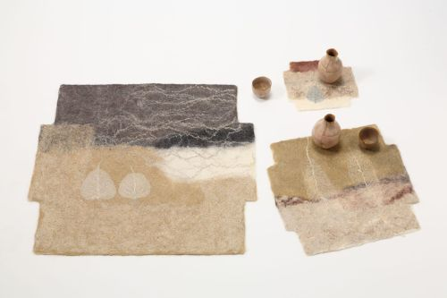 Jorie Johnson (Joi Rae): Square Mats: Beige 2009, natural color and vegetable-dyed wool, flax, skeletal leaves. Photo by Toyoda Yuzo. / Keiko Gallery - Japanese artists
