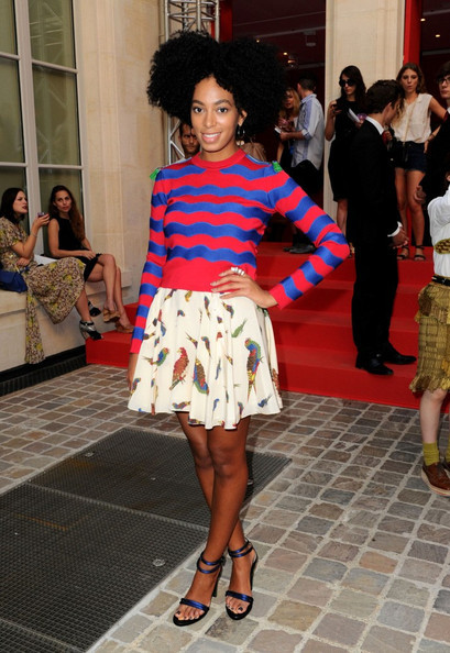 Solange Knowles was spotted at the Chloe Sevigny show last week as part of the Paris Fashion Week festivities.