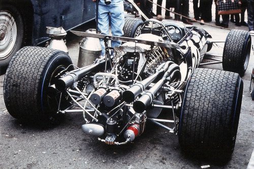 hellformotors:  Dan Gurney's Eagle at the 1968 British Grand Prix