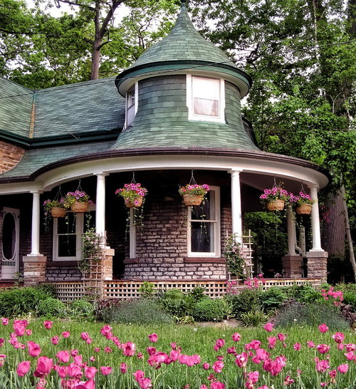 summ3rtim3fin3:  cute cottage