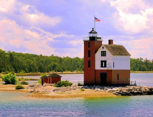 (via Pure Michigan / Round Island Lighthouse, Mackinac Island, Michigan)