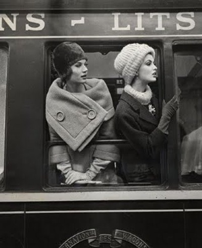 Parisian glamour in the 1960s. Effortless.  Photographer: Louis Faurer