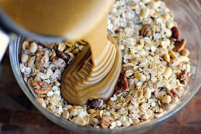 gastrogirl:  making peanut butter and jelly granola.