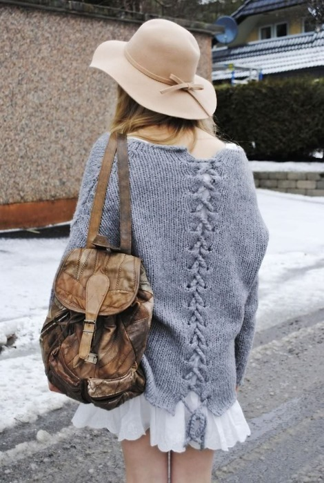 urbanfriends:  Skirt - check, Bagpack - check, knit jumper- check LETS GO