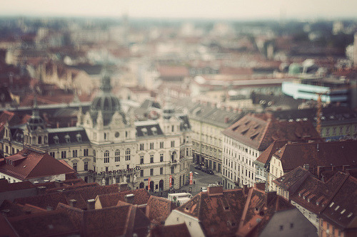 emily-elisabeth:  Model Graz (by rafe.)  s2