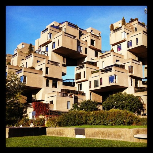 hragv:  I'm in heaven starting at Moshe Safdie's Habitat 67. #architectureporn (Taken with instagram)  This makes me even more sad about his recent (shiny, shapist, hot) work.