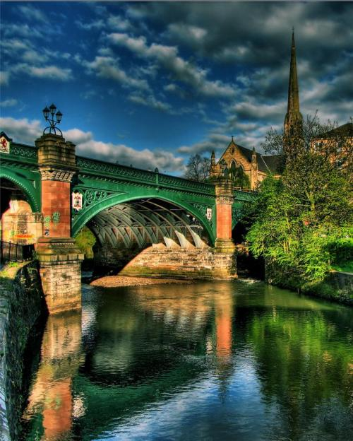 enchantedengland:     Great Western Bridge in Glasgow, Scotland. The Kelvin river seen here is Glasgow's second most important river; bridged at several points during its 22 mile course. This is at the city's West End, where an underground station below bears the name Kelvinbridge. (posted on pixdaus.com by EmilyDawn2)