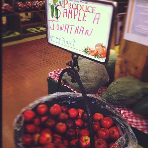 Who is Jonathan? Hope he is cute! #Jonathan   #apple #free #vegan #veganmofo (Taken with instagram)