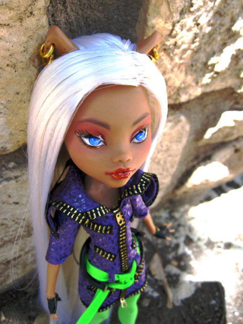 Custom Dawn Of The Dance Clawdeen  She really suits the white hair