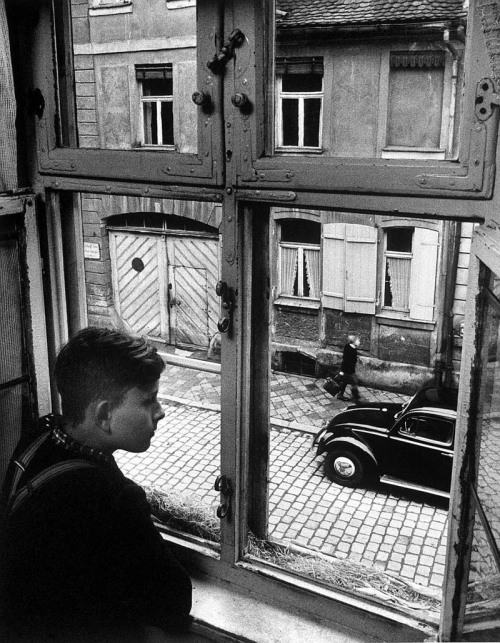 Carl Mydans Boy at the window, Ansbach, Germany, 1954