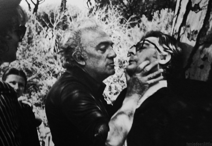 On the set of La Città delle Donne Fellini shows Mastroianni how to be kissed.