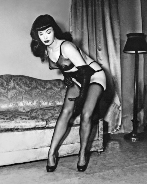 vintagegal:  Bettie Page by Irving Klaw 1950's