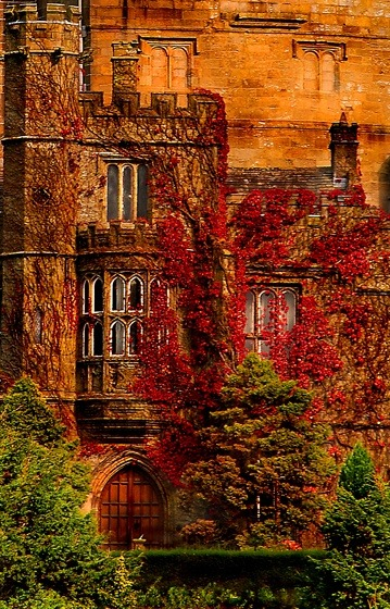 Hornby Castle - Lancashire Hornby Castle is a country house developed from a mediaeval castle, in the Lune Valley of county Lancashire in the North West of England. The castle was originally built for the Neville family in the 13th century and is now privately owned. The owners do allow garden views for Special Events on Advertised Dates, however, so you be grateful for that.