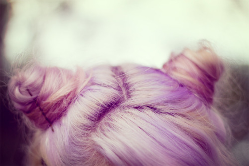 I want my hair to look like this every day, color and all.