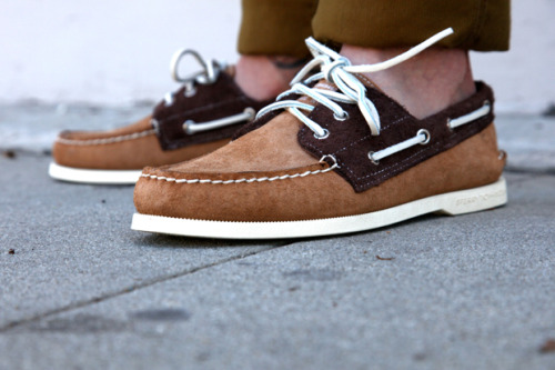 Band of Outsiders x Sperry.