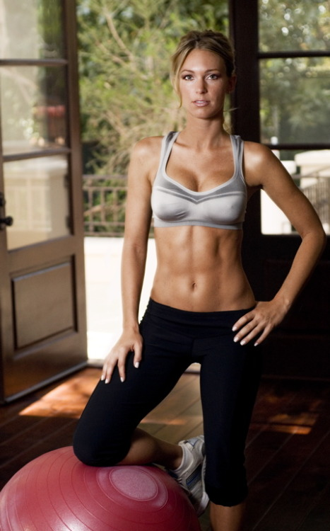 rippedandfit:  Whatever she's doing to stay fit must be working.