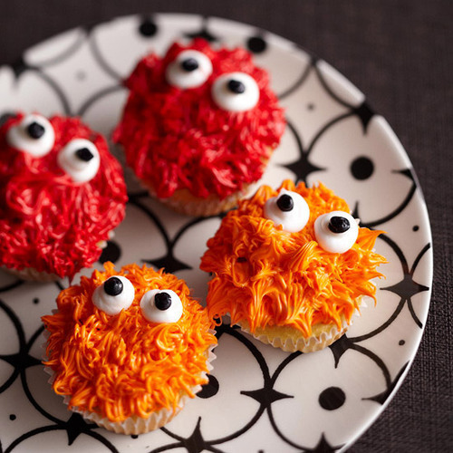 thecakebar:  Colorful Monsters!