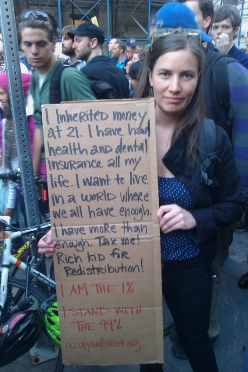 fuckyeahwomenprotesting2:  maishaparadox:  millie-bell:  YES! OCCUPY!  well that's heartening   what a nice person  I think I'm in love.