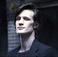 I used to think only the even-numbered Doctors were attractive (hi Tom!). And then came Eleven, who has a face like a bag of protractors making ALL THE RIGHT ANGLES.  (That jawbone would be like knifeplay for beginners. Just sayin'.)