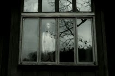 A new 8tracks mix | Until we ourselves are ghostsThe Wrong House film still via pumpkinrot Track list: The Stendhal Syndrome Theme, Ennio Morricone (The Stendhal Syndrome OST) | Emily Rose, Christopher Young (The Exorcism of Emily Rose OST) | Theme A La Flute De Pan, Philip D'Aram (The Films of Jean Rollin) | Grey Wolf, Joe Loduca (Brotherhood of the Wolf OST) | The Double, Clint Mansell (Black Swan OST) | A Proposal, Conrad Pope  (The Presence OST)| Dr. Van Helsing and Dracula, Philip Glass and Kronos Quartet | The Tram (Main Title) Angelo Badalamenti (Dark Water OST)| Nosferatu (Cue 6), Hans Posegga | Voci Dal Nulla, Fabio Frizzi (The Beyond OST) | In the Evening Mist, Asei Kobayashi & Mickey Yoshino (Hausu OST) | A Place Where the Sun Cannot Burn, Fernando Velázquez (Shiver OST)