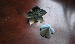 How to make a recycled paper flower wedding bouquet  My quest for an eco-friendly wedding is quickly becoming an all-encompassing DIY adventure. I'm designing and printing my own invitations, working with an Etsy vendor to create custom-made bridesmaid dresses, and scouring thrift shops and flea markets for vintage pieces, like antique blue Mason jars to use as centerpieces. But the most time-consuming project so far has got to be the flowers. The origami paper flowers, that is.