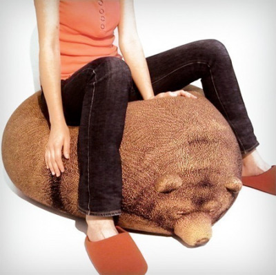 i need this beanbag. Creative bean bag chair from Chic Sin looks like a sleeping grizzly bear.    The graphics on the bean bag were knitted, not printed. Bear shaped bean bag cover can be taken off for washing. [available at etsy]