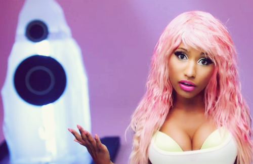 Pink Wig, thick a$$, give 'em whiplash.