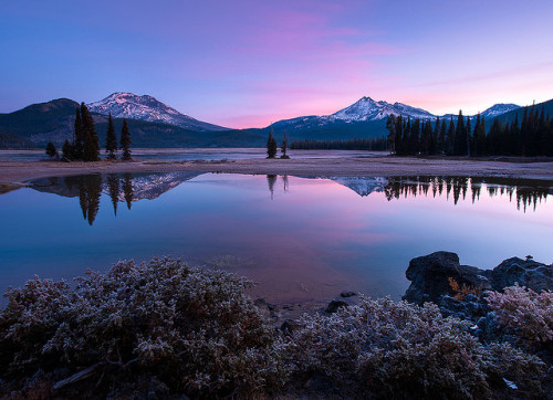Sparks Lake by Sheldon Nalos on Flickr.