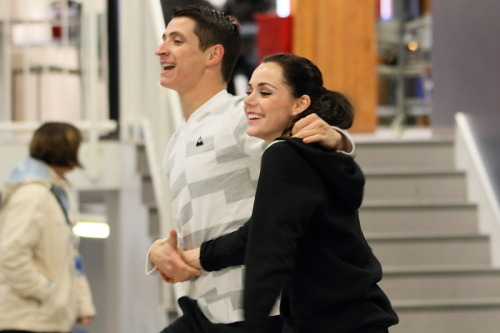 Aren't they the cutest! Tessa is every year more stunning, Scott looks really, really sexy with this new haircut, they're adorable together and happy first victory of the season!