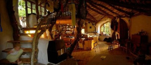 bohemianhomes:  hand built homes