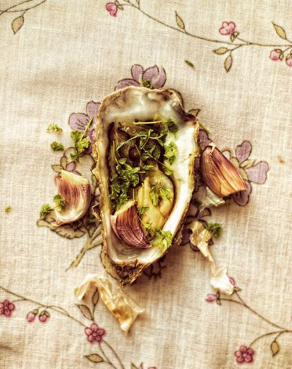 monsoupedujour:  Oyster by A.Dodd